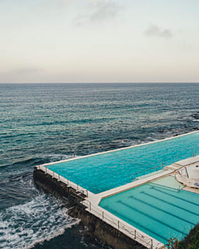 mar-piscina
